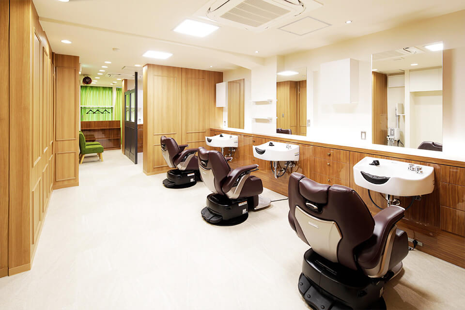 りよう室ZANGIRI 新宿西口大ガード支店